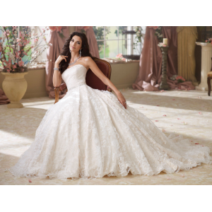 Promo Videos 3 Μοναδικά νυφικά γάμου